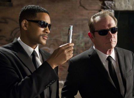 e504201830 Men In Black 3 Sunglasses